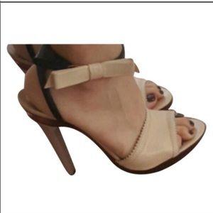 🎀LIKE NEW Chloe Bow heels